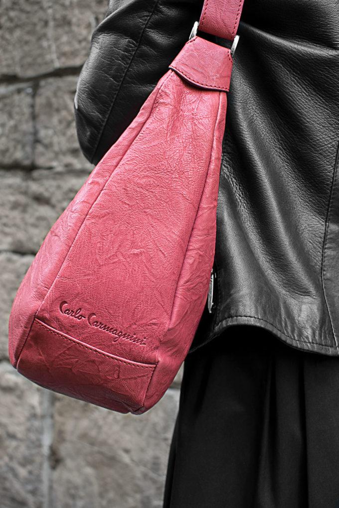 carlo carmagnini, made in firenze, firenze, made in italy, leather bag, crossbody bag, borsa in pelle, borsa a tracolla, borsa fatto a mano, artigianato fiorentino