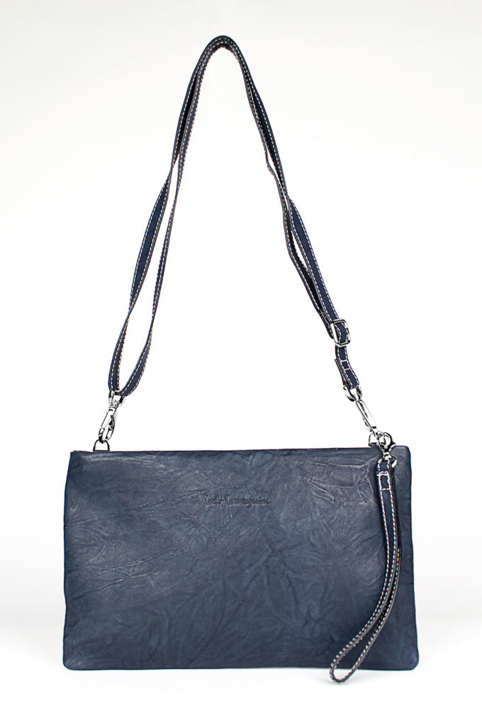 carlo carmagnini, essential bag, minimal leather bag, leather bag, unisex leather bag, essential leather bag, borsa in pelle, made in italy, made in firenze, soft leather bag, light leather bag, firenze