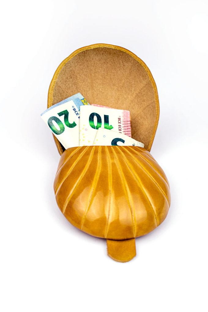 carlo carmagnini, made in firenze, firenze, tacco fiorentino, coin purse, portamonete, made in italy, artigianato fiorentino, portamonete, leather wallet, leather case, coin case, coin purse